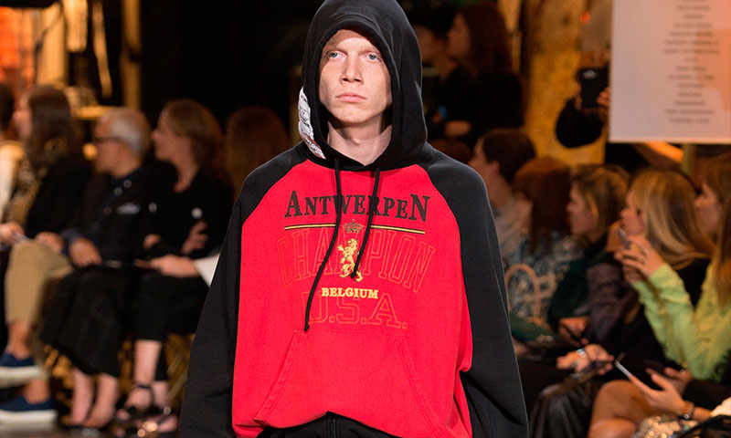 vetements-champion-collection-0.jpg
